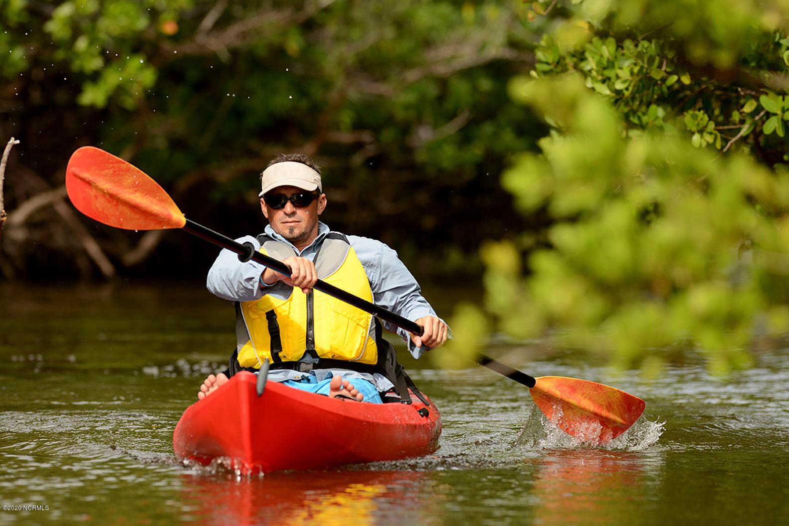 17 Kayak
