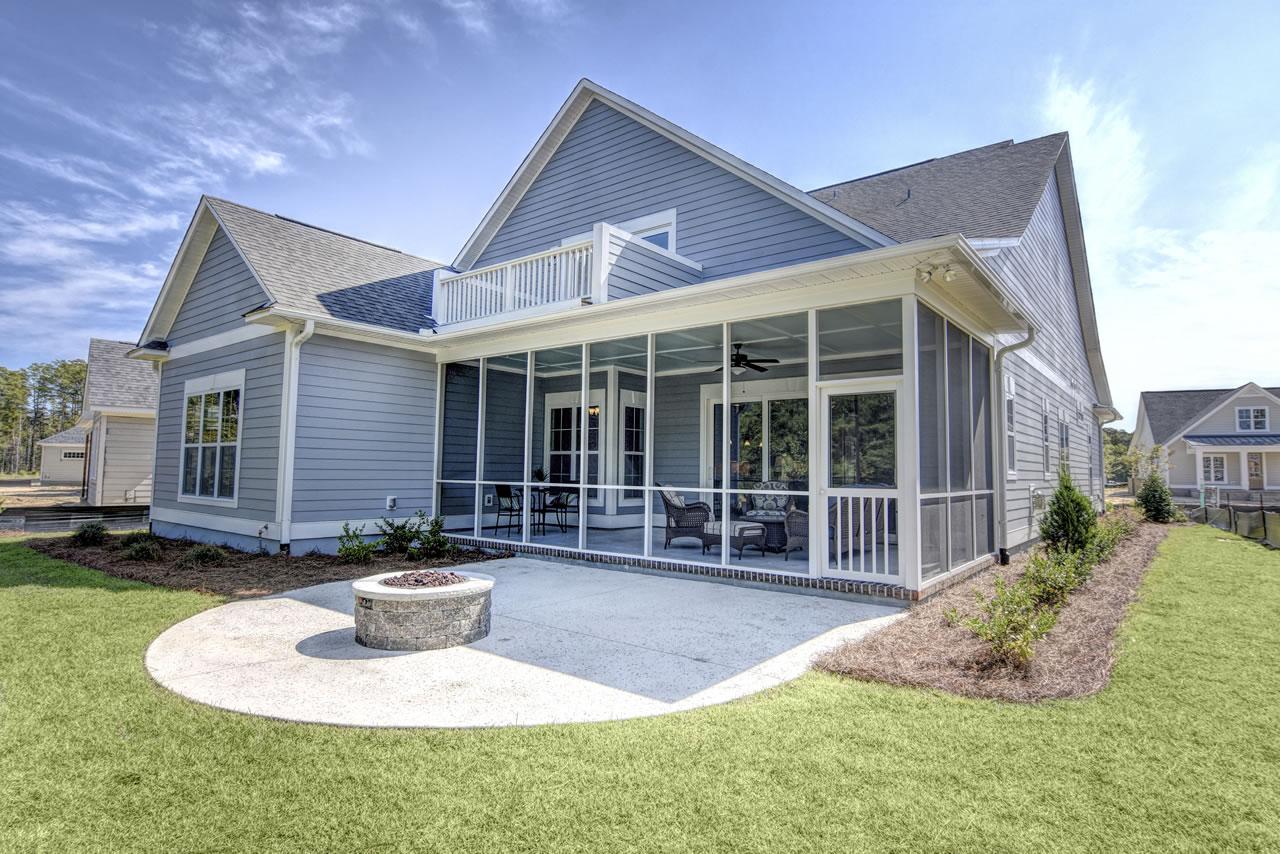 Logan Homes - Biltmore I - Exterior - Back