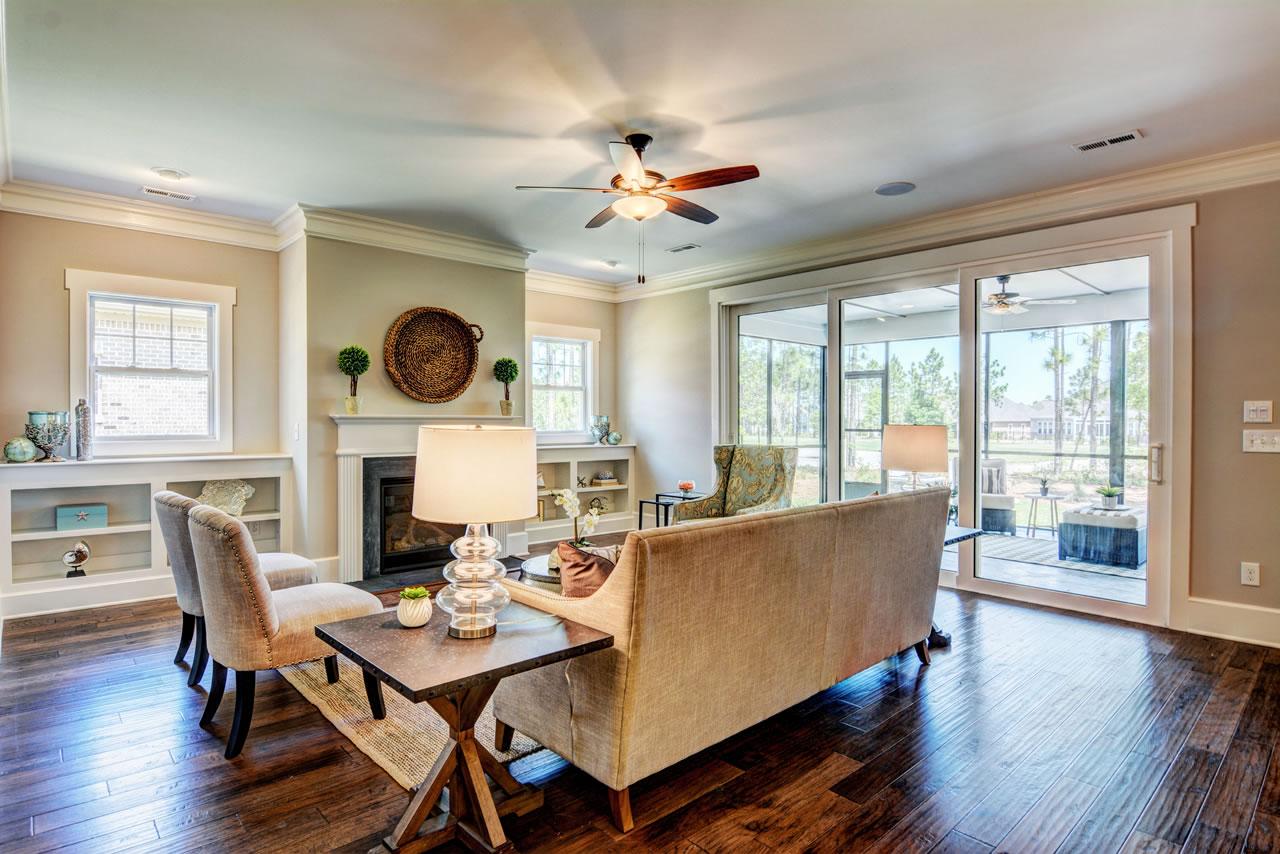 Logan Homes - Biltmore I - Interior - Living Room